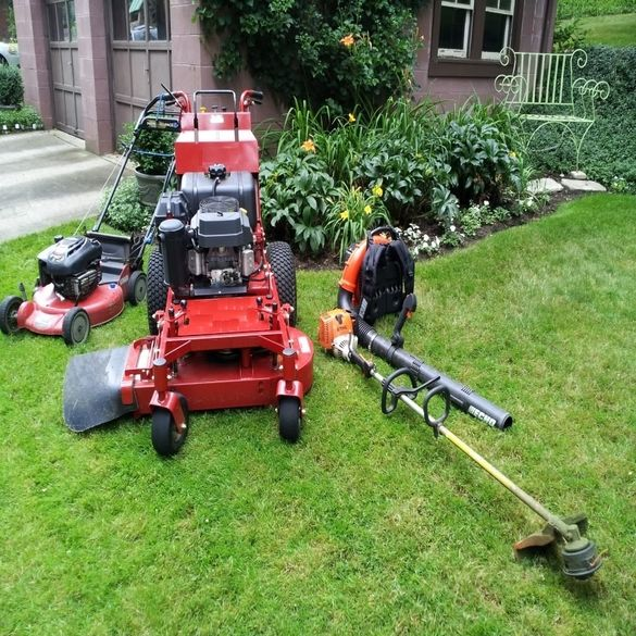 Lawn Service And Landscape: From Mowing To Edging To Xpert Cleanup, We Have All Your